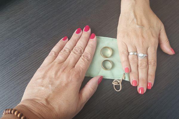 Geschwisterringe gefertigt aus den Eheringen der Eltern – Coypright Foto stilleleserin auf Instagram