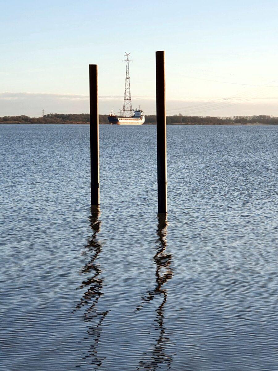 Elbe bei Bassenfleth