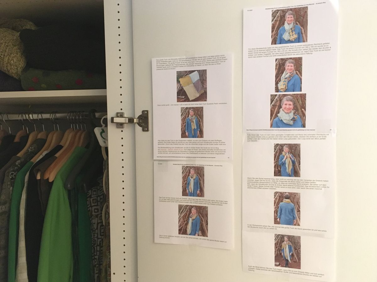 Tücher binden - Anleitung im Kleiderschrank - Copyright Foto Gabriele