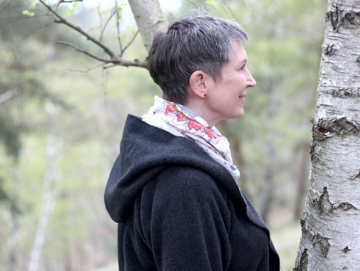 Ines Meyrose - Outfit 2021 mit Fleece-Wickel-Cardigan